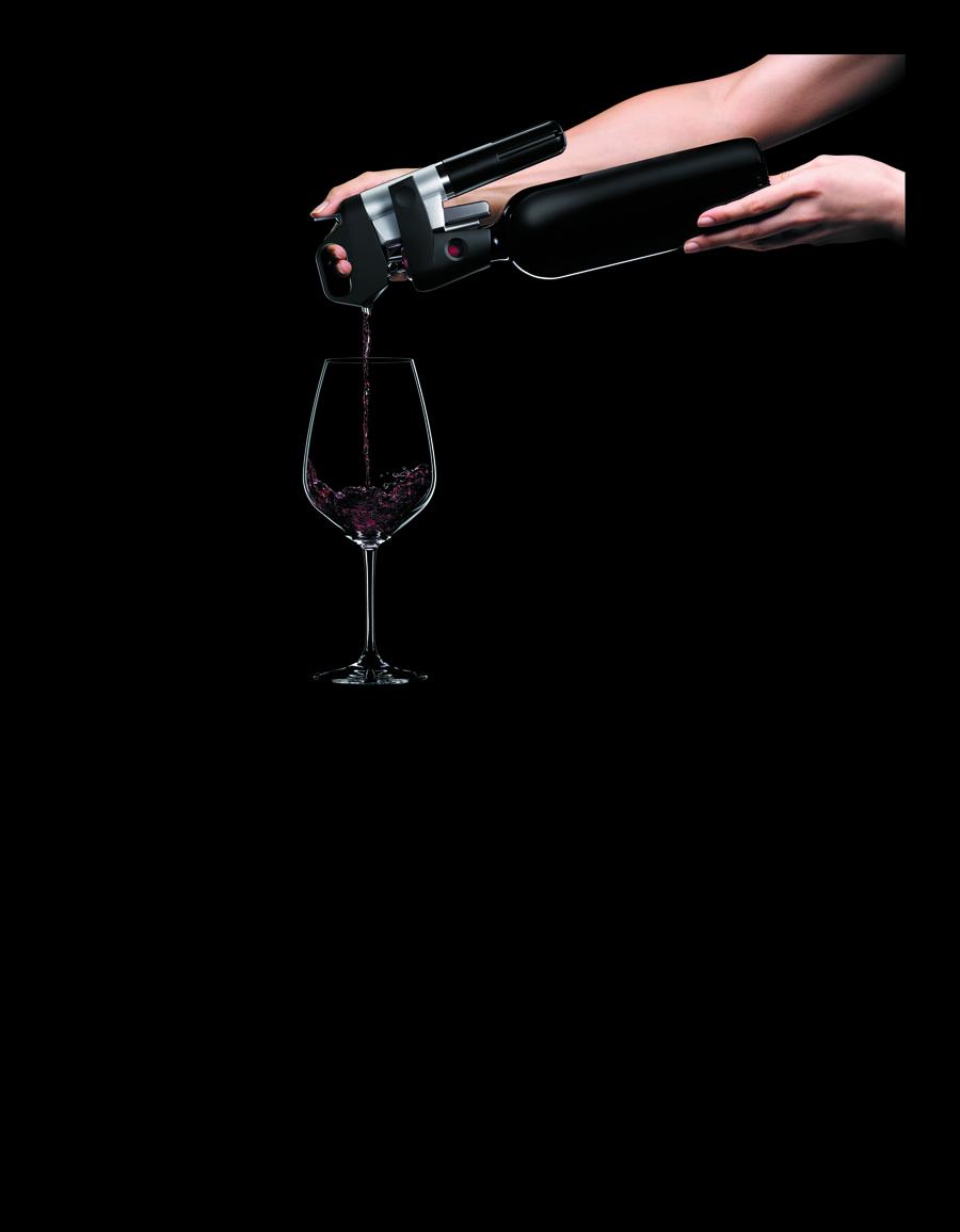 Coravin hælder vin ud af flasken ved et let tryk på ventilen med argongas.
