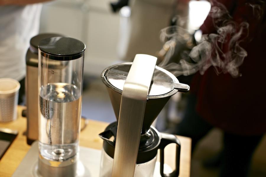 Den korrekte temperatur er meget afgørende for den endelige kops kvalitet.