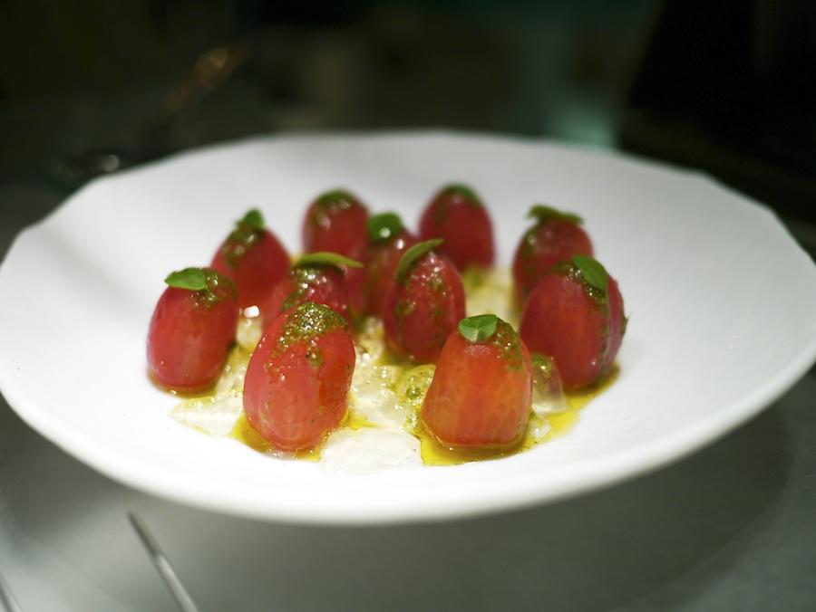 Tomatsalat, der var inspireret af den spanske klassiker gazpacho.