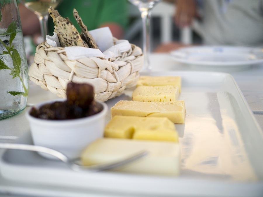 De fem oste i samme rækkefølge som på papiret ovenfor. Det er geden forrest.