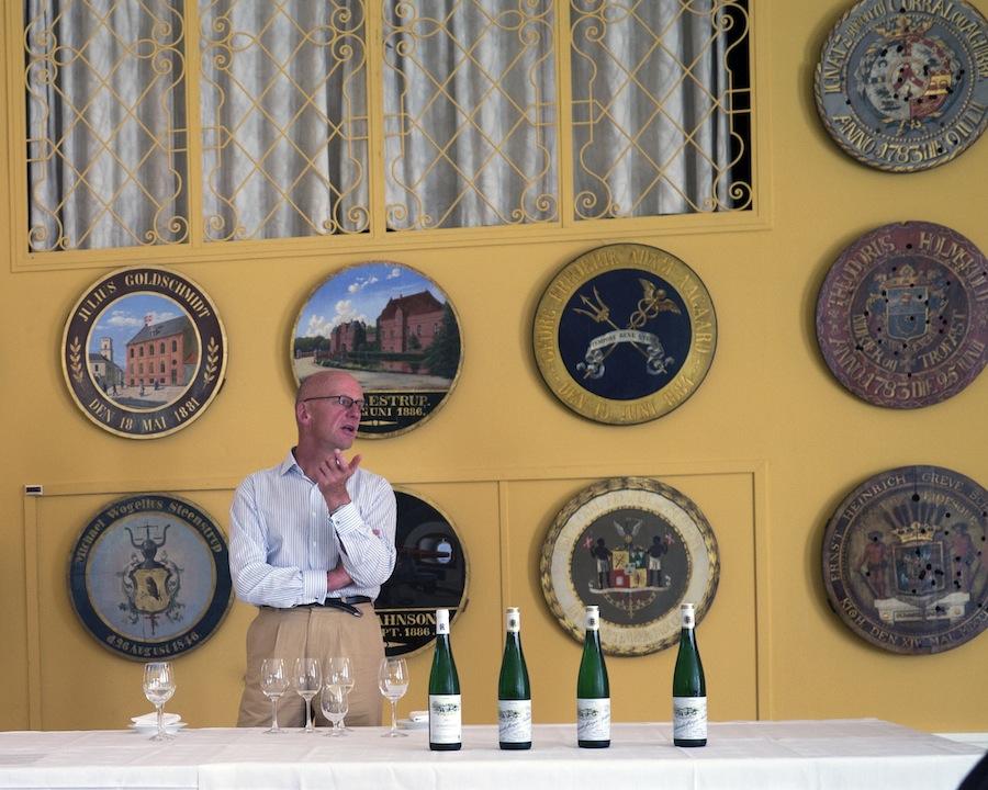 Egon Müller er en af de helt store vinmagere i Mosel, og han var mødt op på Sølyst for at fortælle om sine vine.