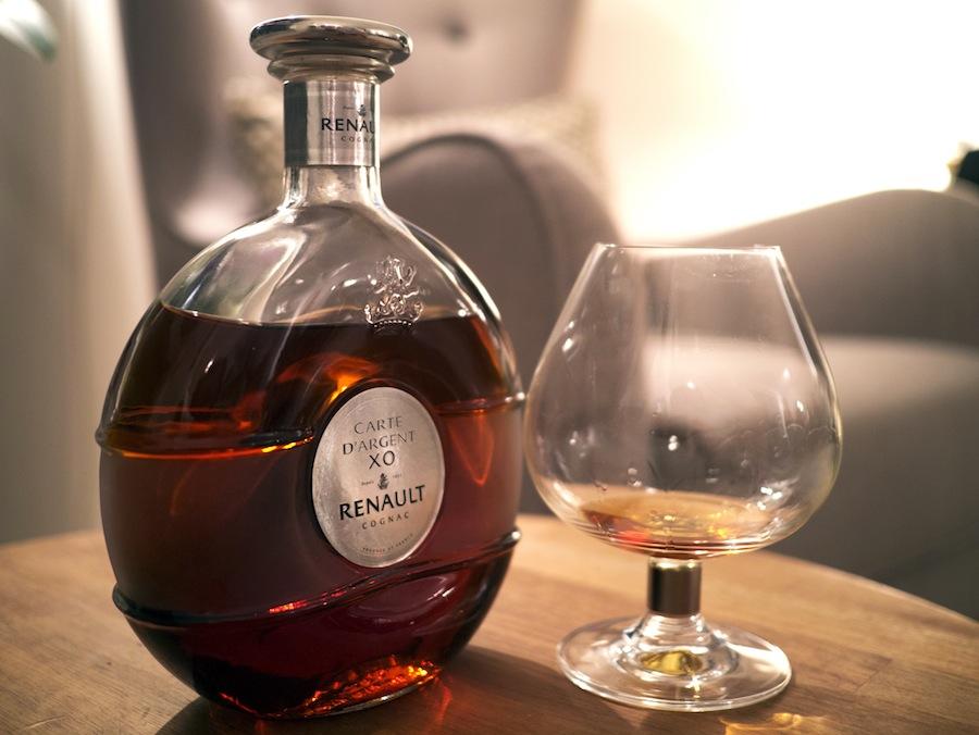 Cognac er den klassiske afrunding på et godt måltid, og Renault Carte d'Argent XO er for dig, der ønsker den ægte vare