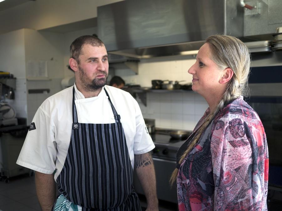 Faktisk er det Bente Grysbæks australske mand, Zoran, der i dag leder køkkenet. De mødte hinanden i Australien, boede nogle år i Danmark og flyttede så til Melbourne, hvor de har boet siden 2006. I dag fungerer Bente Grysbæk som manager for restauranten.