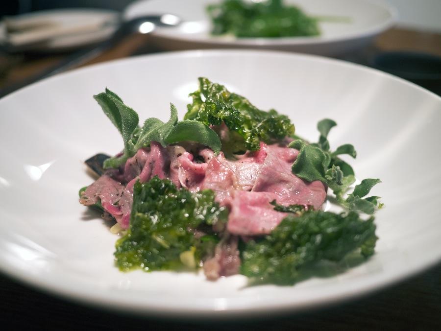 Wagyu-kød giver en magisk smagsoplevelse. Det er så ufatteligt mørt og smagsintenst, at det bare skal opleves.