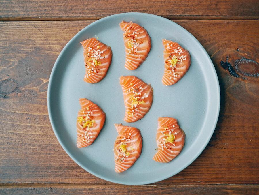sashimi af SALMA-laks