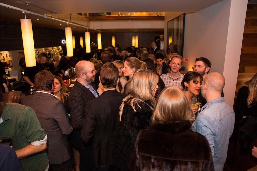 Festen fortsatte efterfølgende med gode cocktails og højt humør efter en god middag.