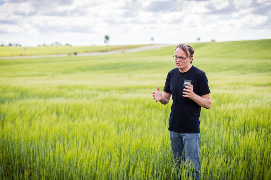Indehaver af Herslev Bryghus, Tore Jørgensen, tror på, at syrlig øl vil vinde frem i de kommende år. Foto: Herslev Bryghus.