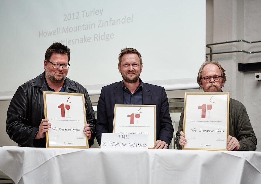 Vinderholdet, som fra venstre består af Niels Lillelund, Anders Halskov-Jensen og Henrik Steen Andersen. Foto: Flemming Gernyx.