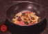 Løgpuré, brændte løg, syltede løg og fermenterede hvidløg i brunet smør. Foto: TV3/MasterChef.