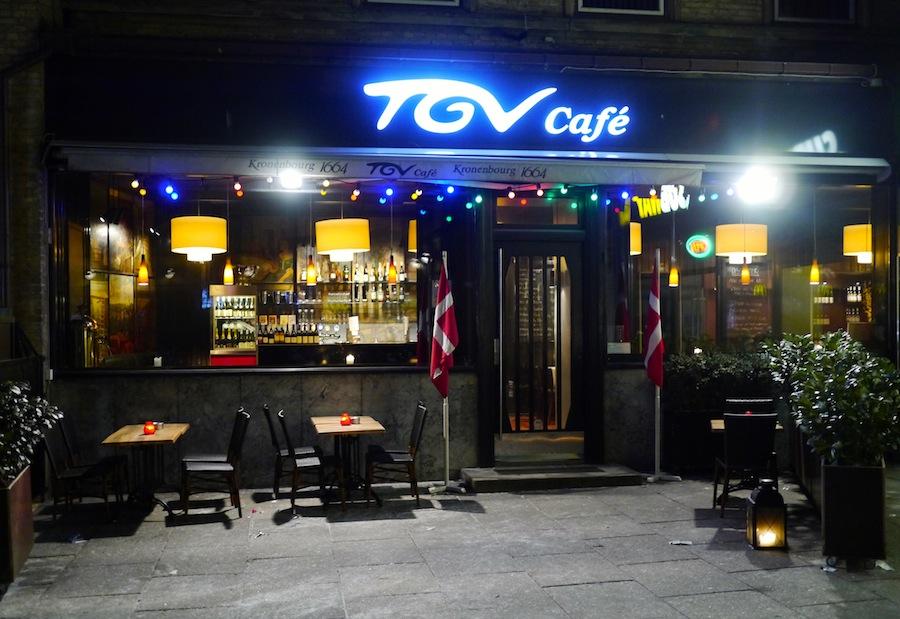 TGV Café ligger lige ved Aarhus Banegård.